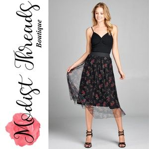 Pleated Floral Print Mesh Midi Skirt